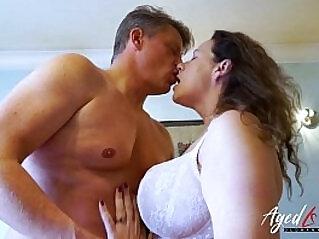 jav  mom  ,  seduction   porn movies